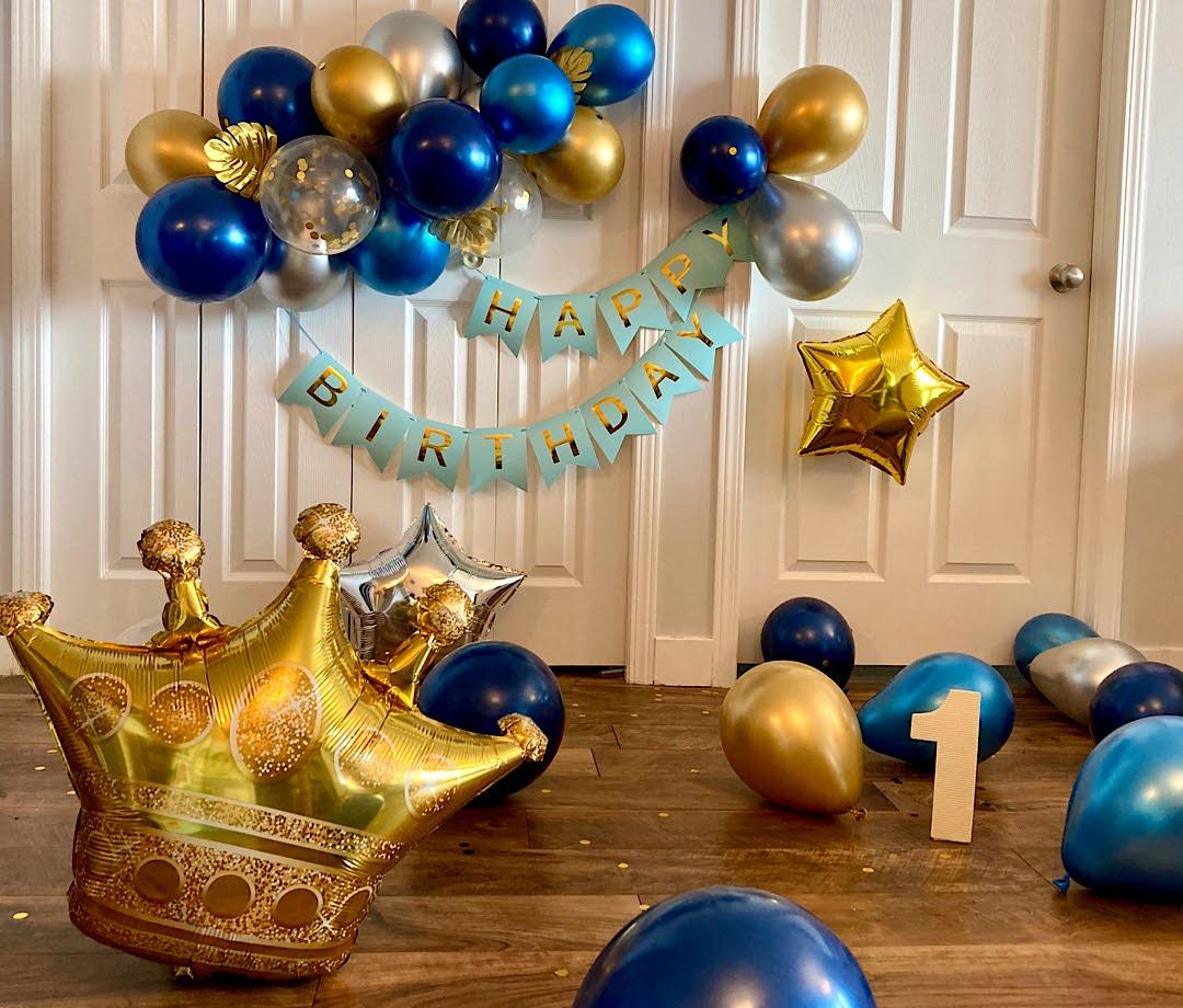 一歳の誕生日を祝う